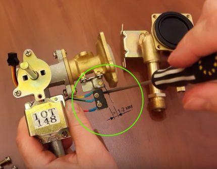 Выявление поломки по лапке микровыключателя