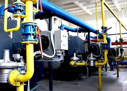 Газопровод на промышленном предприятии