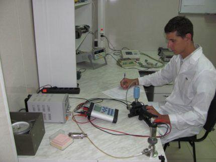 Техническое обслуживание сигнализатора и клапана