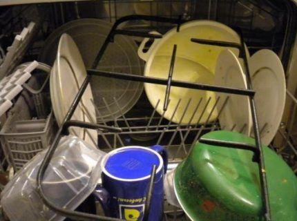 Мойка решетки в посудомойке