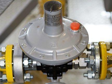 Клапан для сброса газа
