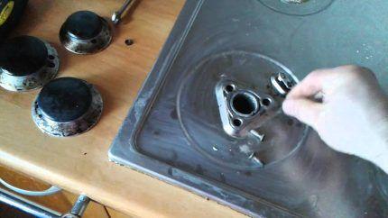 Подготовка форсунок к очистке