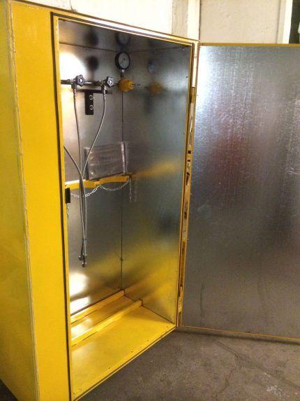 Общий вид шкафа для баллонов с газом