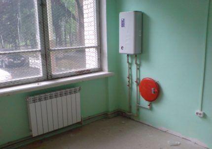 Установка одноконтурного котла для автономного отопления