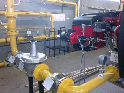 Пример установки КТЗ фланцевого типа на промышленном оборудовании