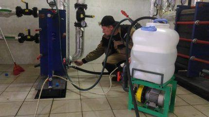 Профессиональная чистка в емкости