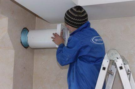 Монтаж стенового вентиляционного клапана