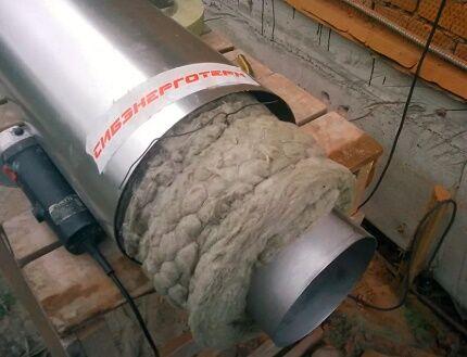 Вариант утепления вентиляционной трубы