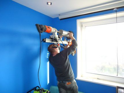 Монтаж клапана в стену