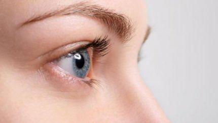 Как недостаток влаги определить по сухости глаз