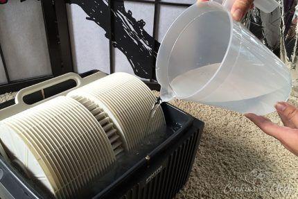 Заправка мойки воздуха дисцилированной водой