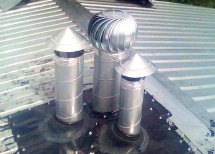 Дефлектор на трубе вентиляции