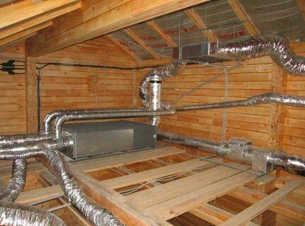 Вентиляционная система с рекуператором на чердаке