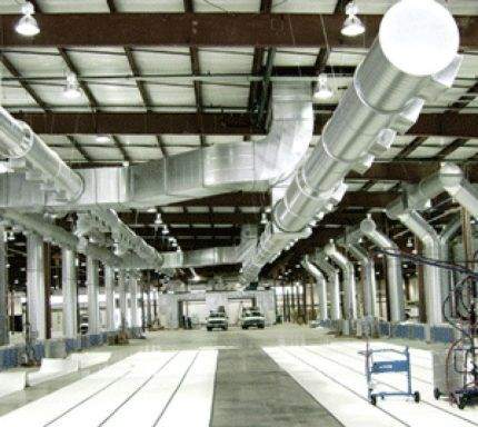 Вентиляционная система на заводе