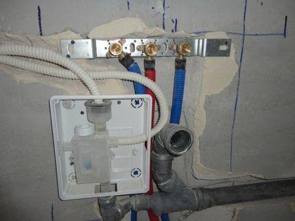 Подключение дренажного канала к канализации