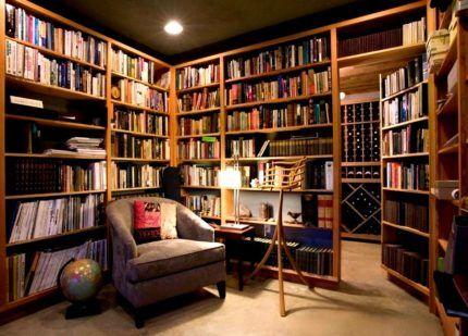 Библиотека в жилом доме