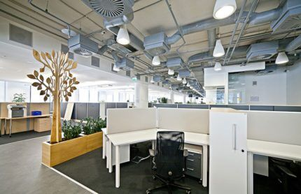 Вентиляционная система в большом офисе