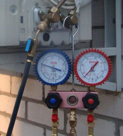 Измерение давления кондиционера
