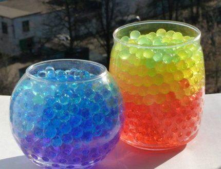 Цветной аквагрунт в емкостях