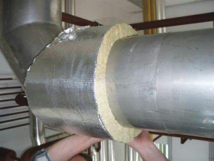 Утепление трубы вентиляции