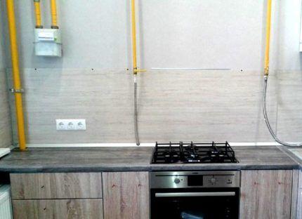 Расположение газовых труб на кухне