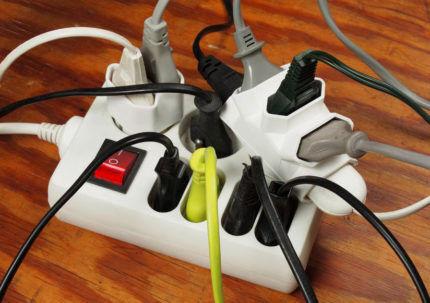 Большое количество электроприборов