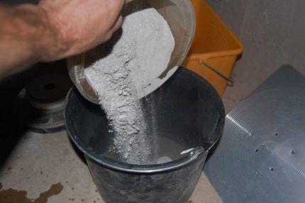 Разведение сухой смеси для гидроизоляции