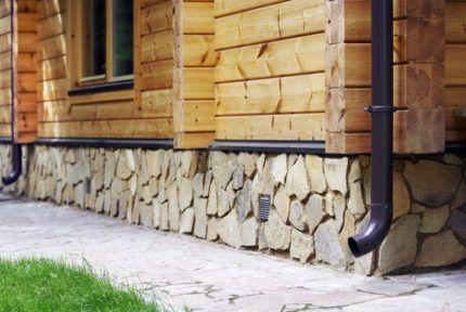 Деревянный дом без наружного утепления