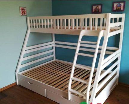 Двухъярусная кровать 3 местная