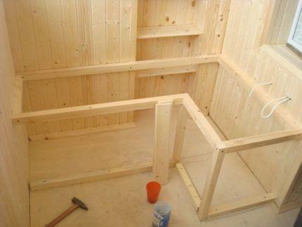 Каркас балконного шкафа