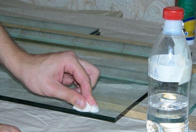 Обезжиривание стекла для аквариума