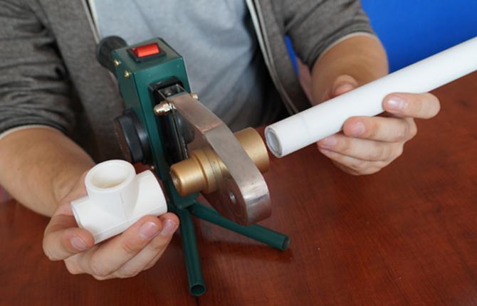 Пайка полипропиленовых труб для горячей воды