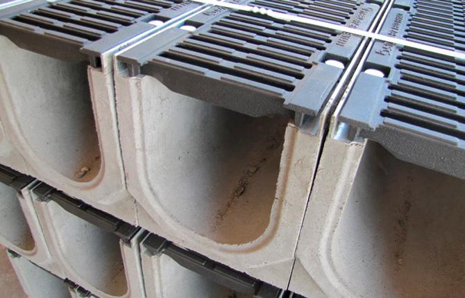 Бетонные каналы поверхностного водоотведения